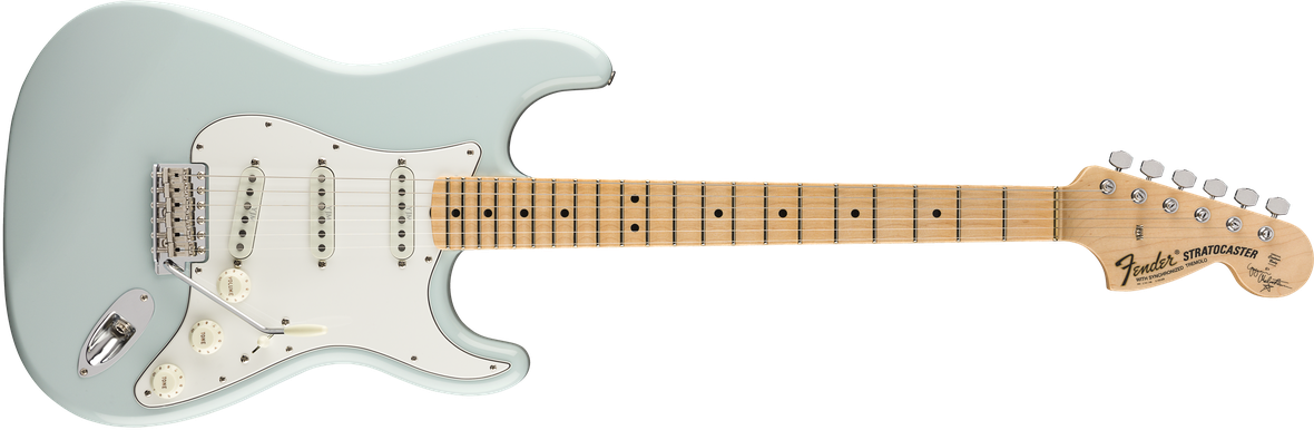 Yngwie Malmsteen Signature Stratocaster®, Scalloped Maple Fingerboard, Sonic Blue